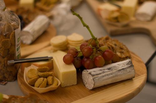 micronutris gateaux insectes comestibles vin fromage